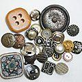 Vieux boutons... nouvelles boucles d'oreilles