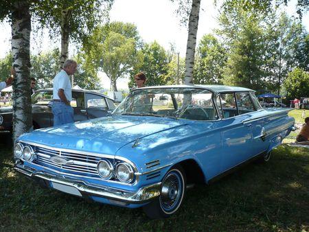 CHEVROLET_Impala_Sport_4door_hardtop_Sedan_1960_Ohnenheim__1_