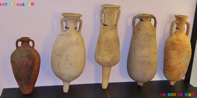 ARLES MUSEE CHALAND OBJETS 300 copie