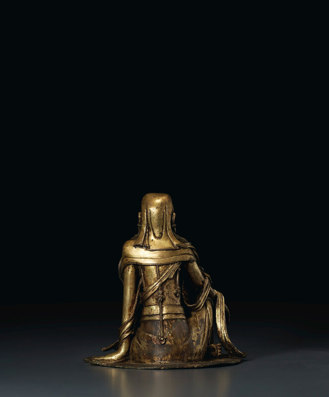 2020_NYR_19038_0810_003(a_very_rare_gilt-bronze_figure_of_white-robed_guanyin_china_ming_dynas020052)