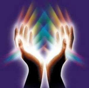 mains de lumière3