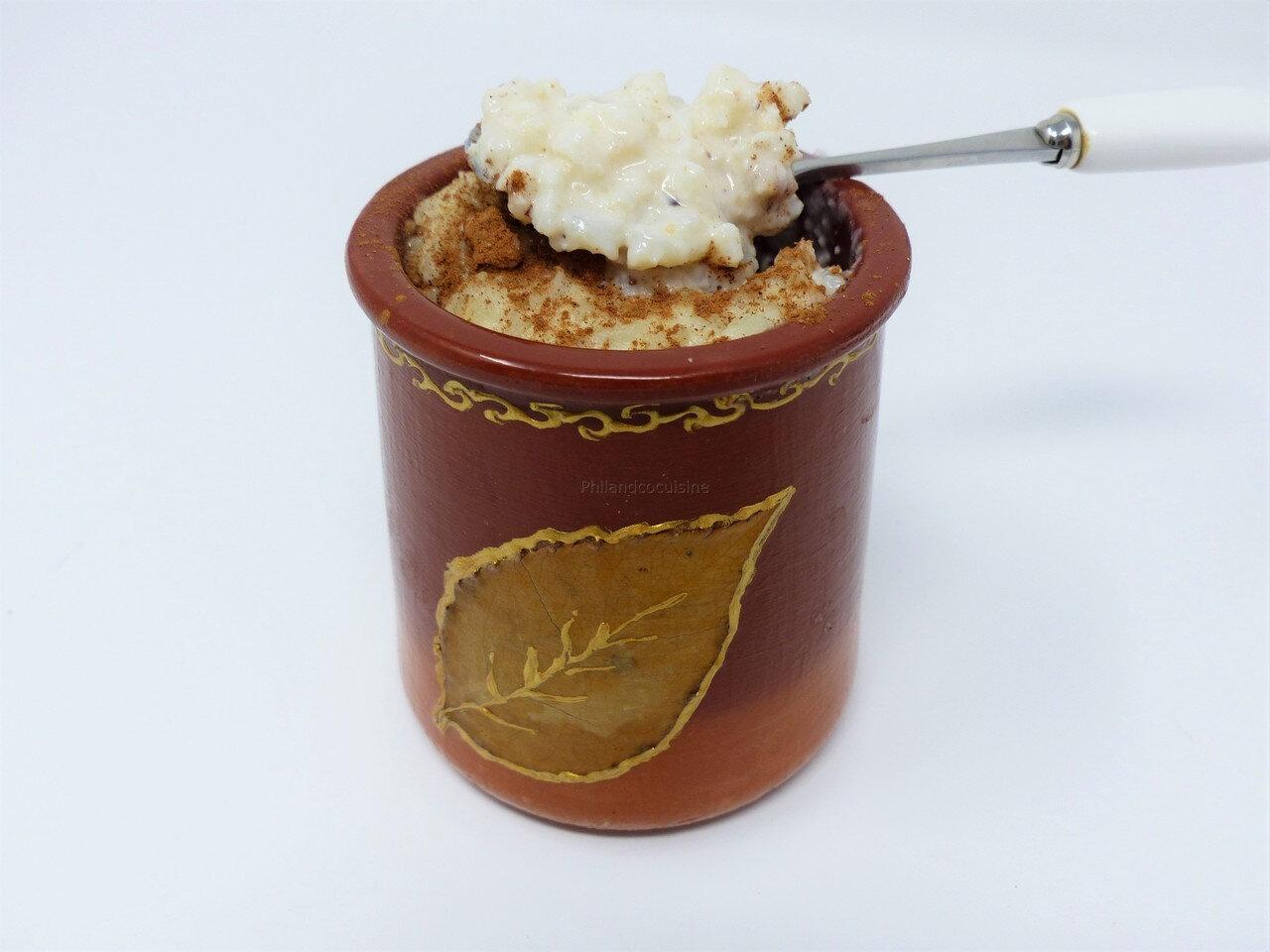 Riz engoulé (riz au lait médiéval aux amandes et à la cannelle)
