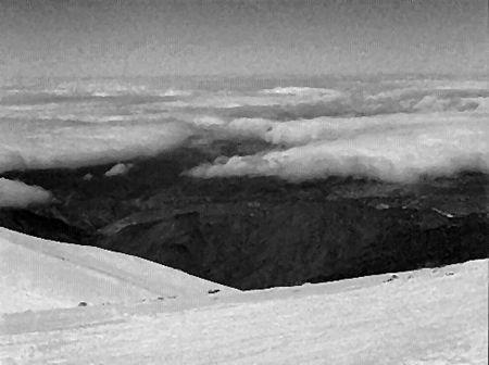 12_MRK_sous_les_nuages