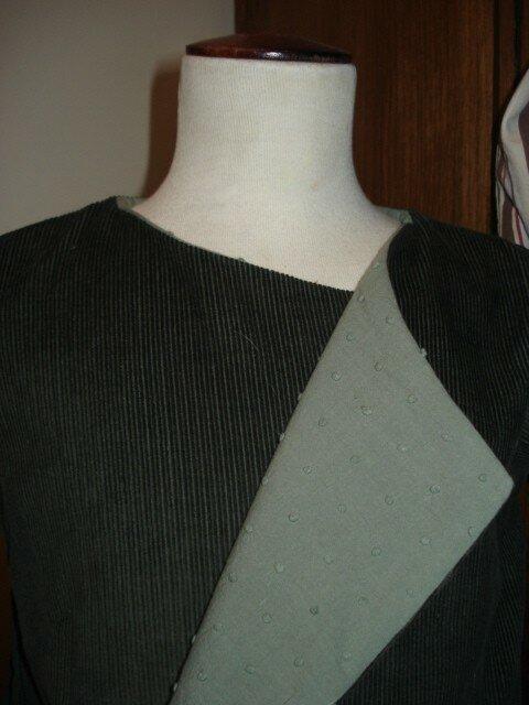 Petit manteau (détails) - Doublure plumetis kaki