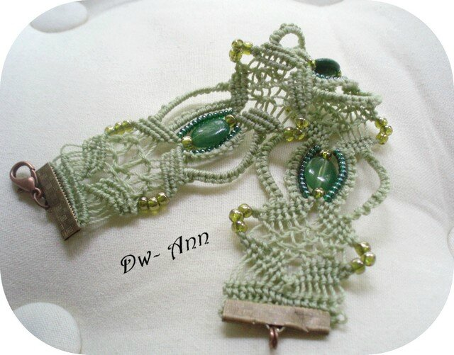 green_lace_1