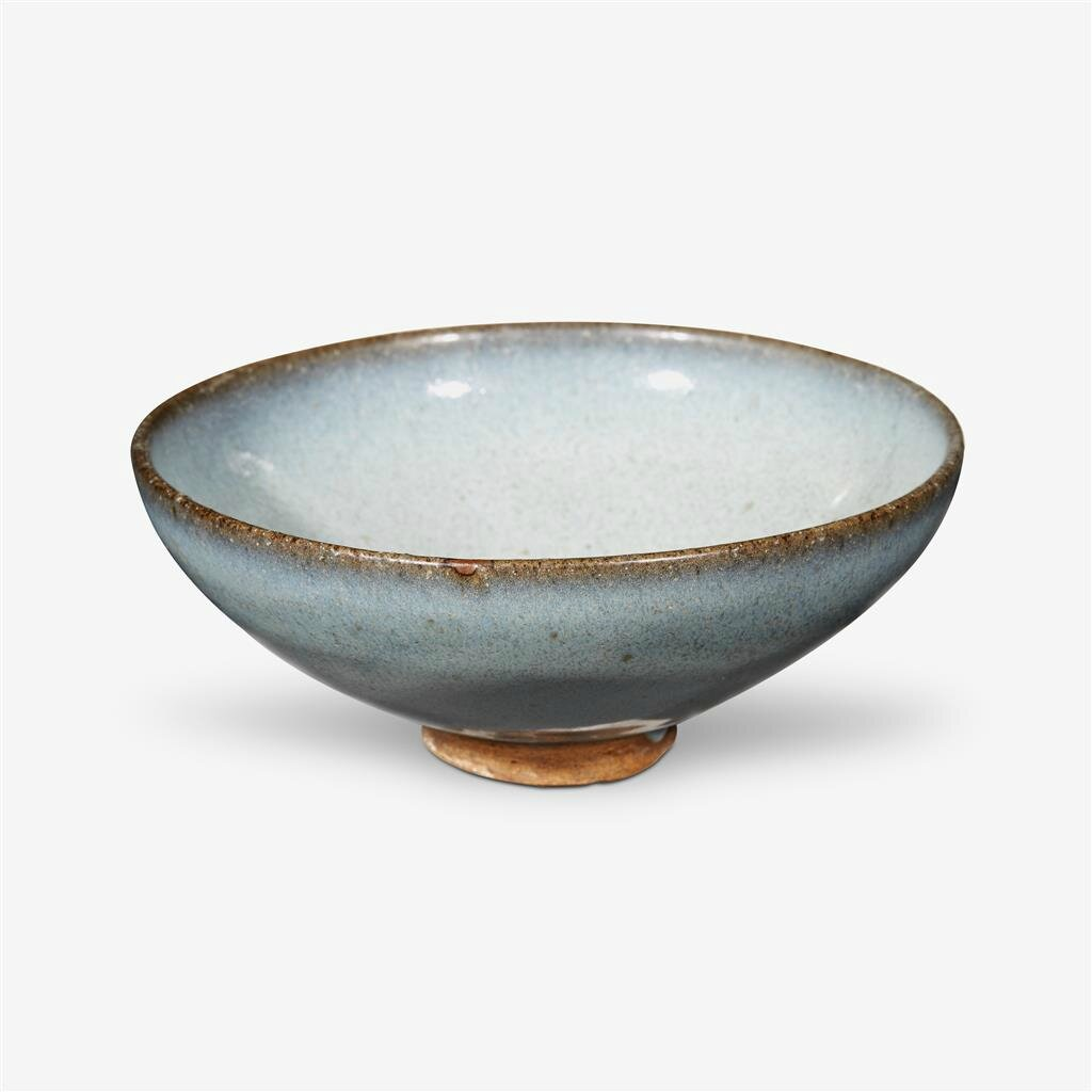 A Chinese 'Jun' bowl, Yuan dynasty (1279–1368)