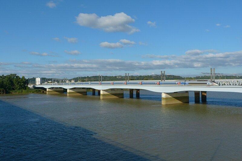 280616_TGVAbordeaux-pont2