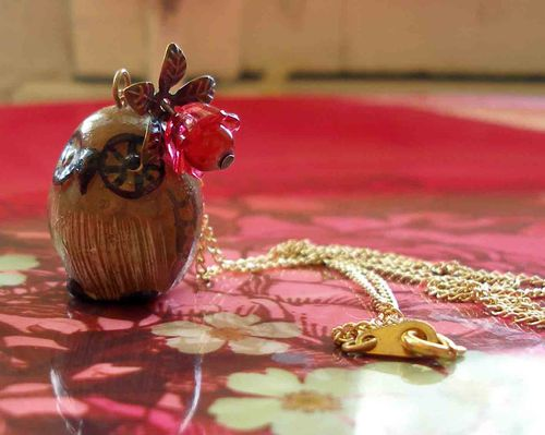 Collier hibou brun
