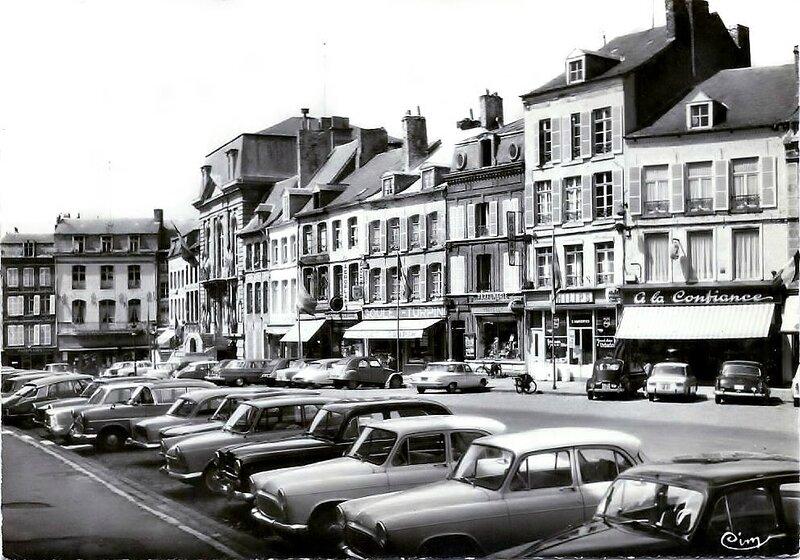 AVESNES - La Place