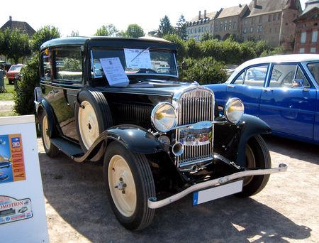 Simca_Fiat_6CV_F_de_1936_01