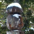 2009 12 05 Un cèpe sculté au mézenc sous la neige