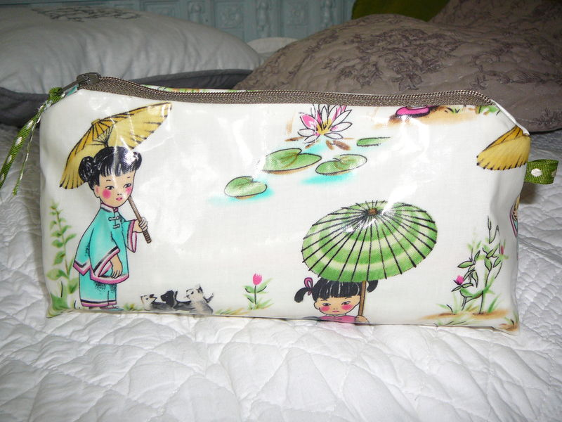 Trousse China Doll