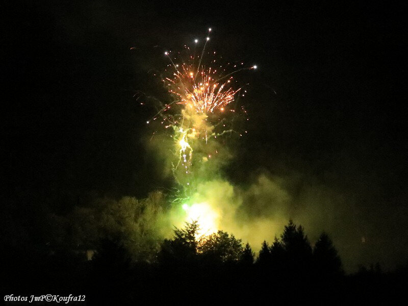 Photos JMP©Koufra 12 - Cornus - Feu d'artifice - 15082019 - 0092