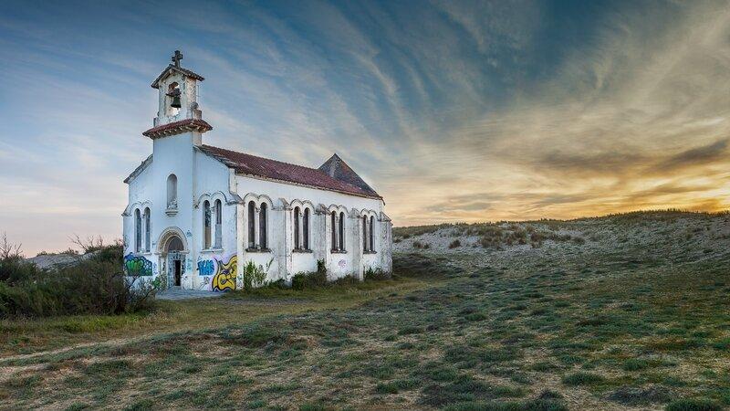 Chapelle foncée