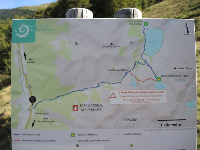 Lac d'Arrious, randonnée, panneau départ (64)