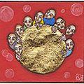 Groupe à la boule d'or sur fond rouge 7.5x7cm 190€