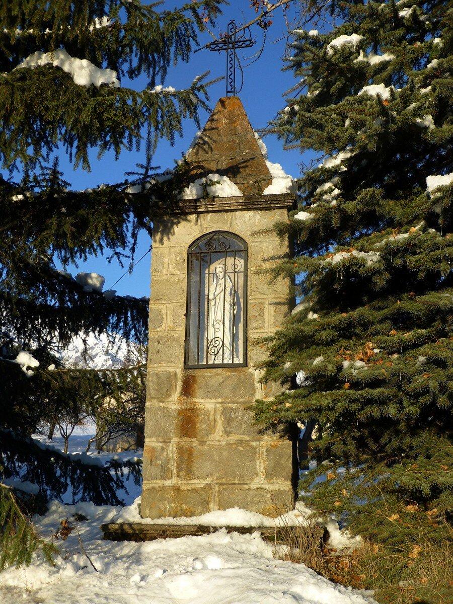 Notre Dame- près de l'église (Chabottes)