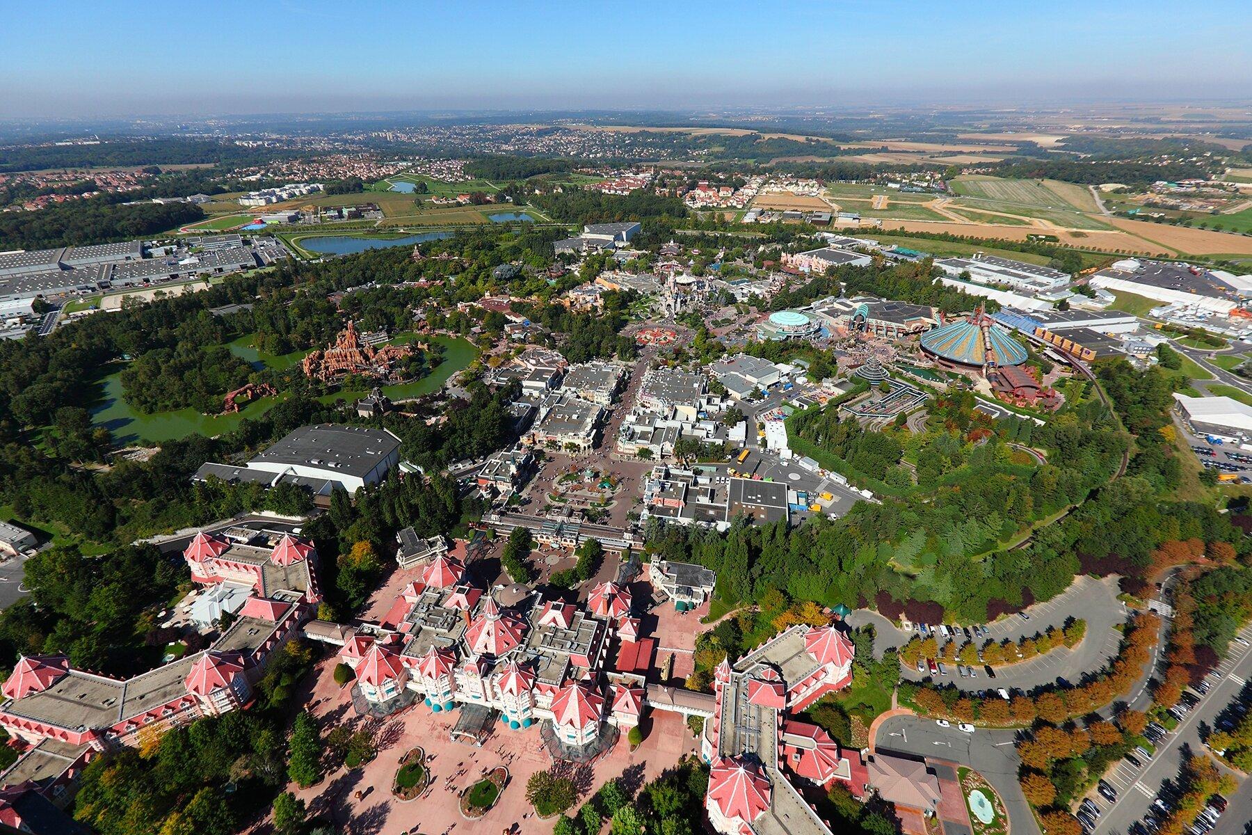 Disneyland Paris : En Route vers le Futur !