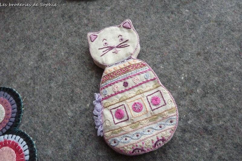 Chat range-aiguille un chat dans l'aiguille (5)