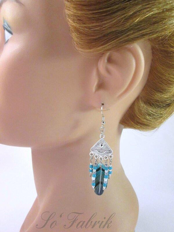 Bo plumes turquoises multirangs (2)