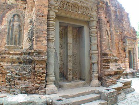 temple preah ko_12