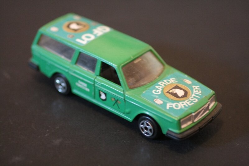 896_Volvo 264 break Garde Forestier_02