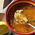 Soupe de poulet a la menthe .