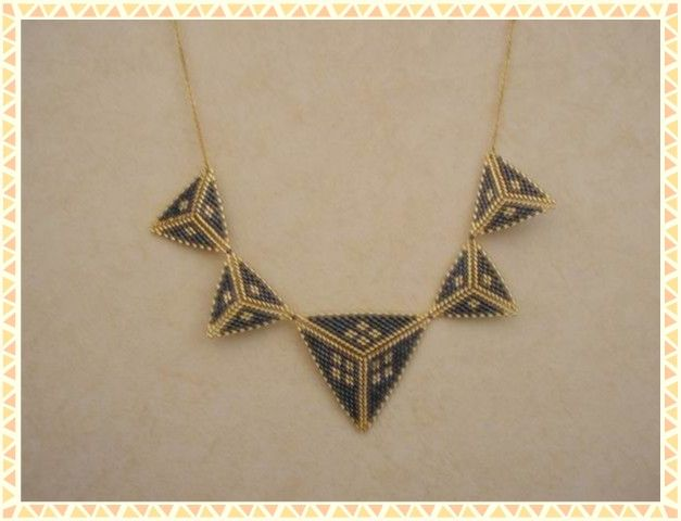 Colliers Triangles peyotte