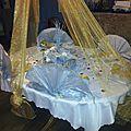La table couleur or et argent
