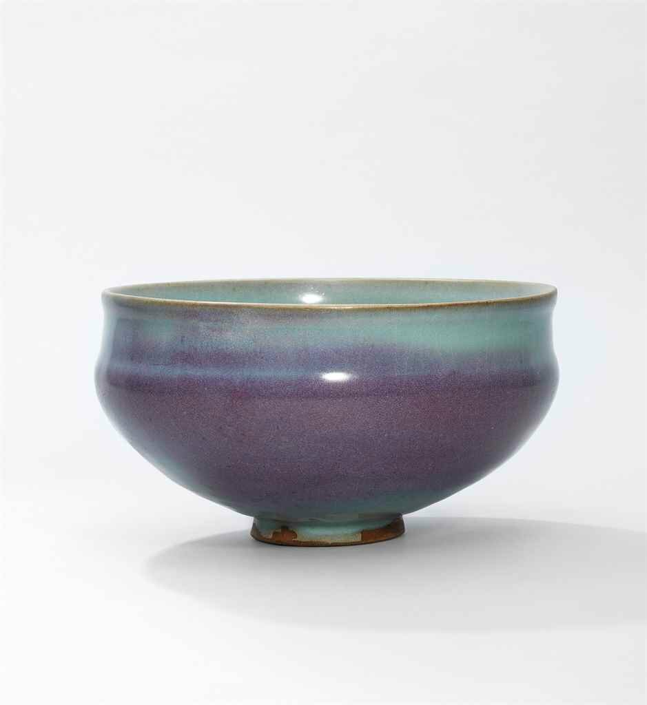 A large and very rare purple-splashed Jun bowl, Northern Song-Jin Dynasty (960-1234)