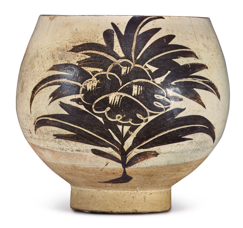 A 'Cizhou' painted 'floral' bowl, Song-Jin dynasty (960-1234)
