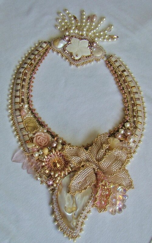 complete necklace