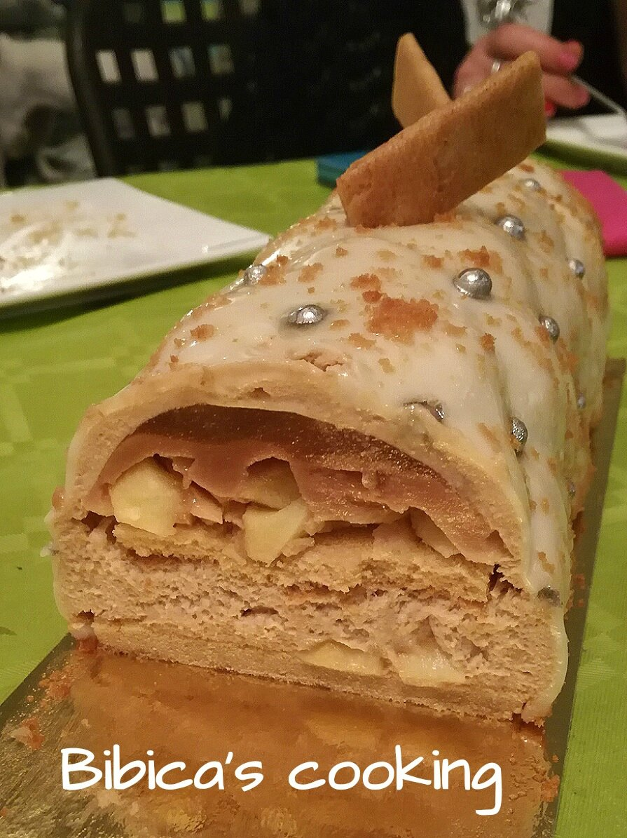 Buche pomme caramel speculoos