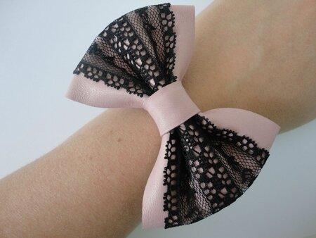 bracelet-bracelet-en-cuir-et-en-dentelle-1270338-dsc02980-666f6_big