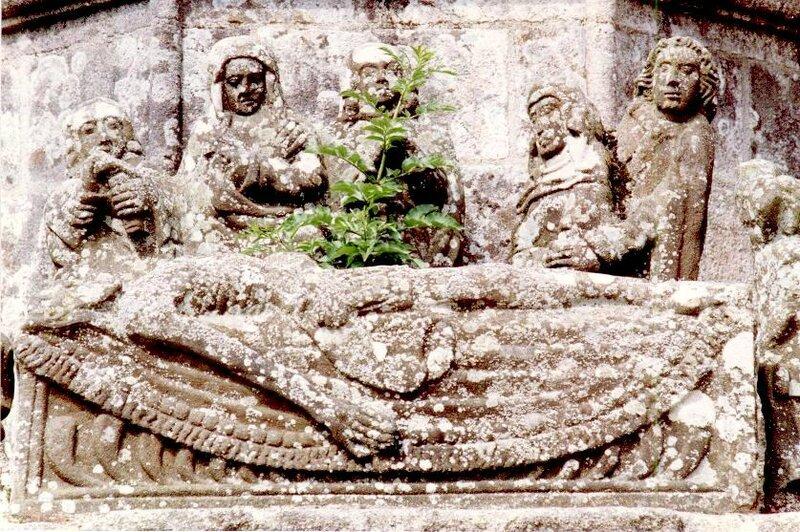 Mise au tombeau 3 Cléden-Pohertombeau