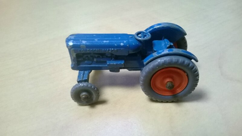 72a_Fordson Tractor_01