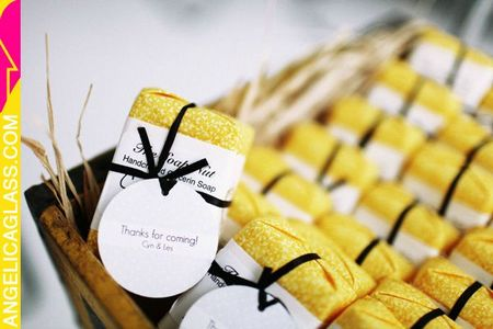 Yellow-Wedding-Favors2