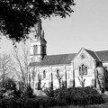 Fougeré, l'église en n&b
