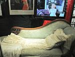 marilyn_monroe_the_exhibit_L_JkHrkc