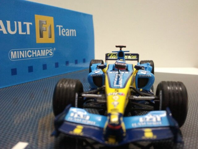 Renault F1 R25 Alonso (5)