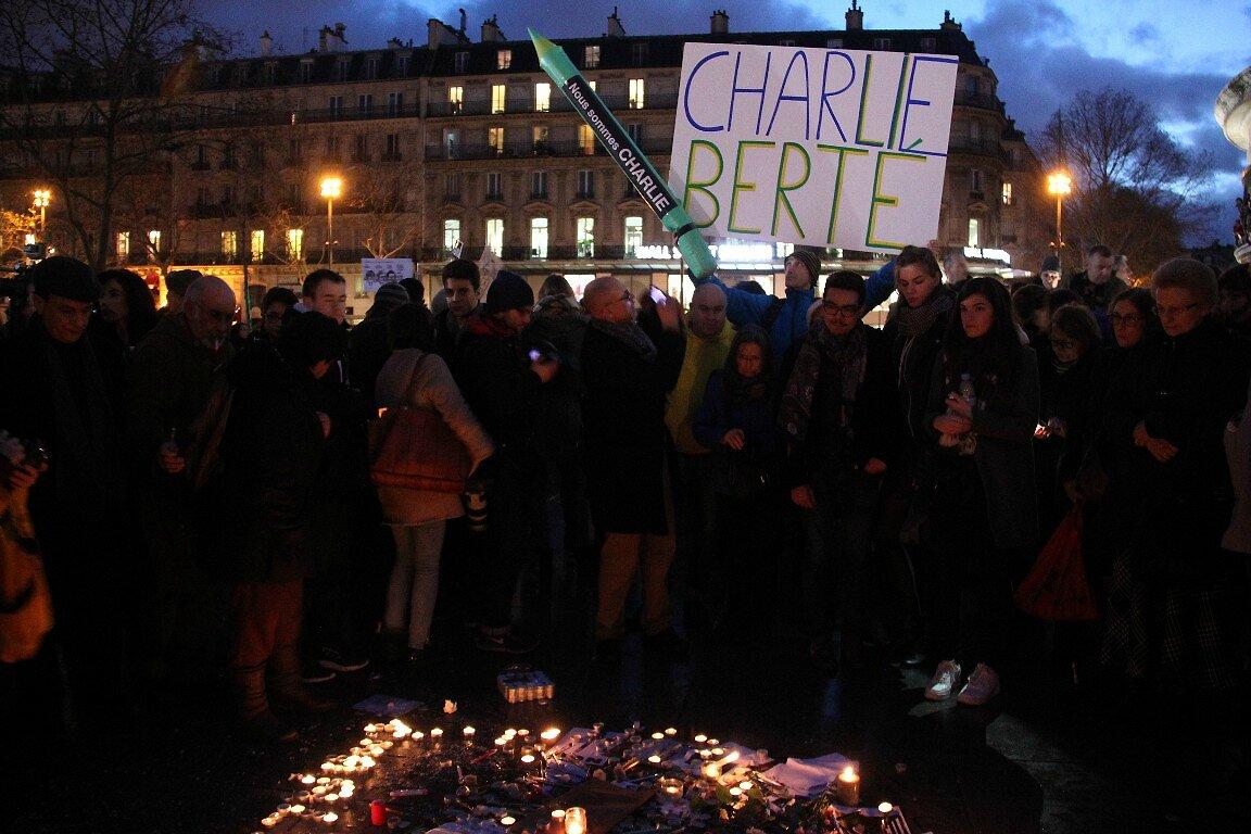 Hommage Charlie Hebdo République_0306