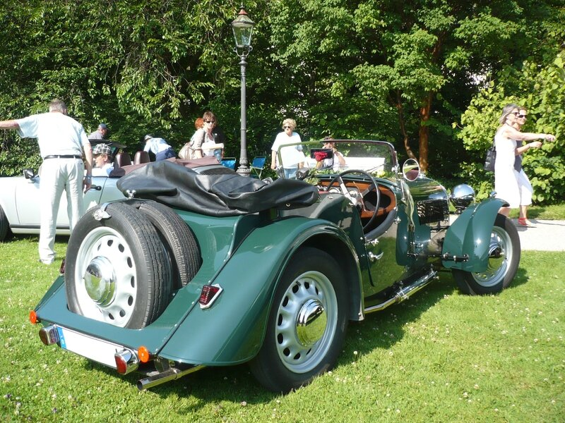 MORGAN 4-4 Two-Seater roadster 1947 Baden Baden (2)