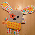 doudou_plat_lapin_marron_jaune_orange__1_