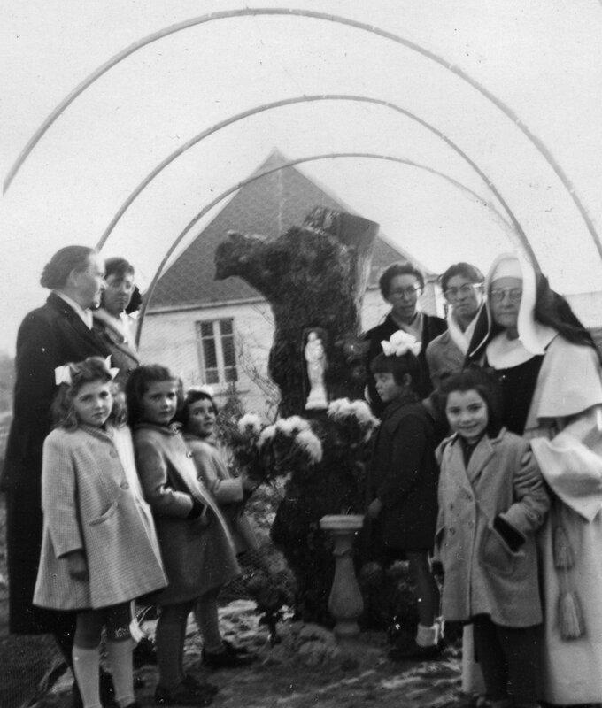 Ch42 - 1950 - Notre Dame du Chêne - (École du Christ Roi)
