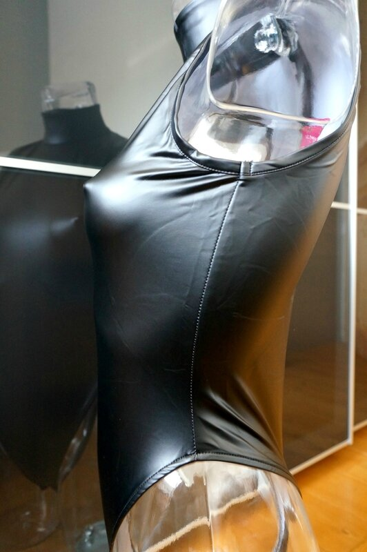 Body Latex 240d Black Edition