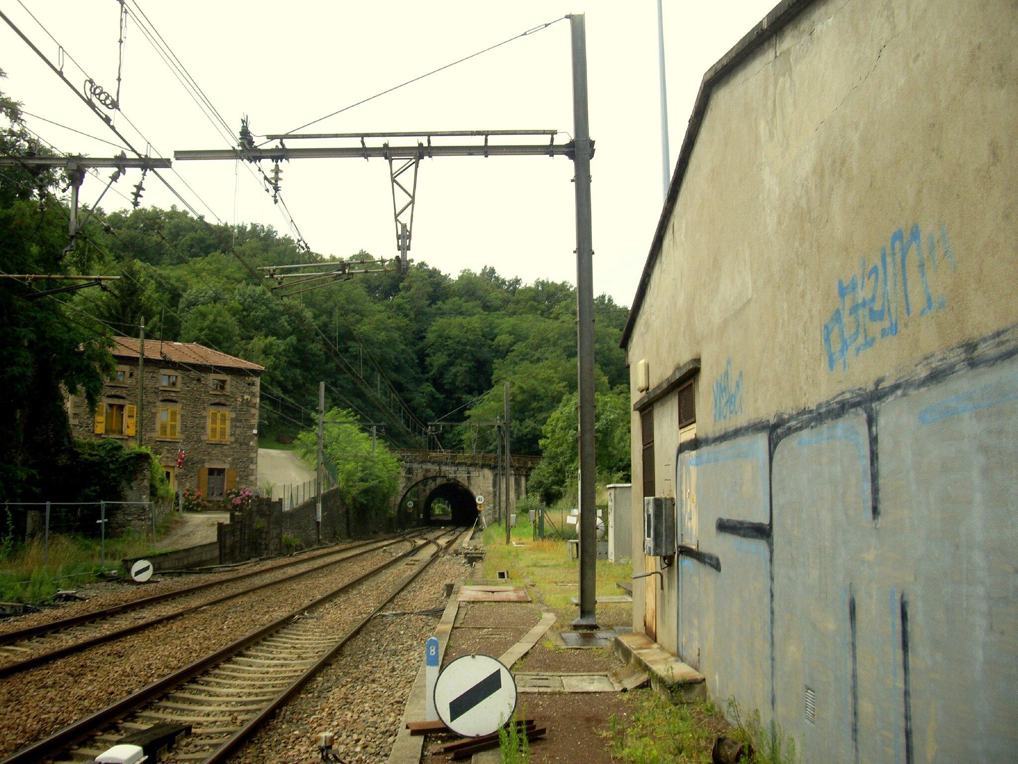 Treves-Burel (Rhône - 69)