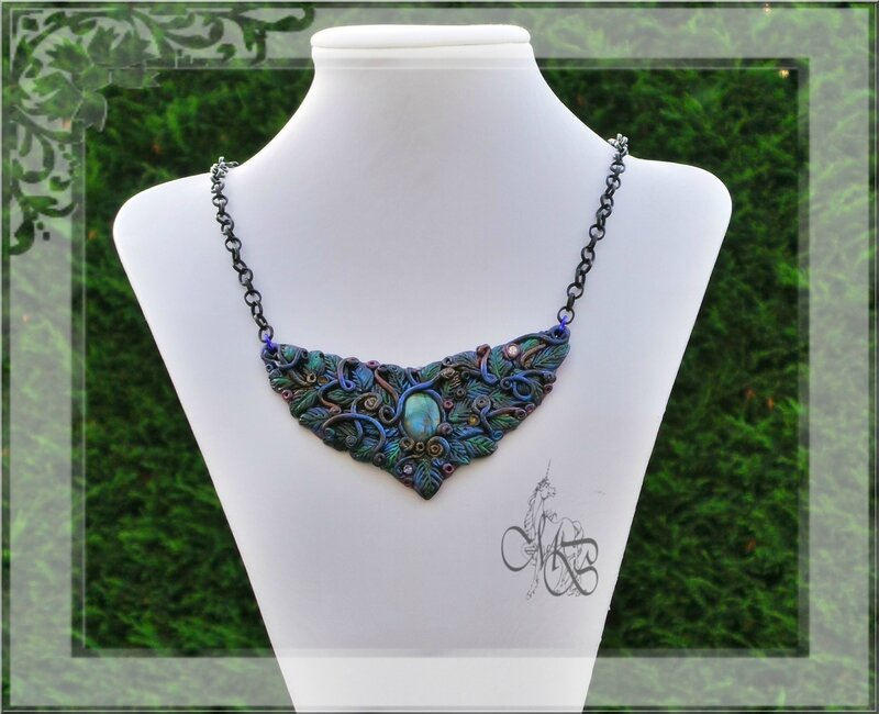 Magic Forest Melissa Necklace (11)