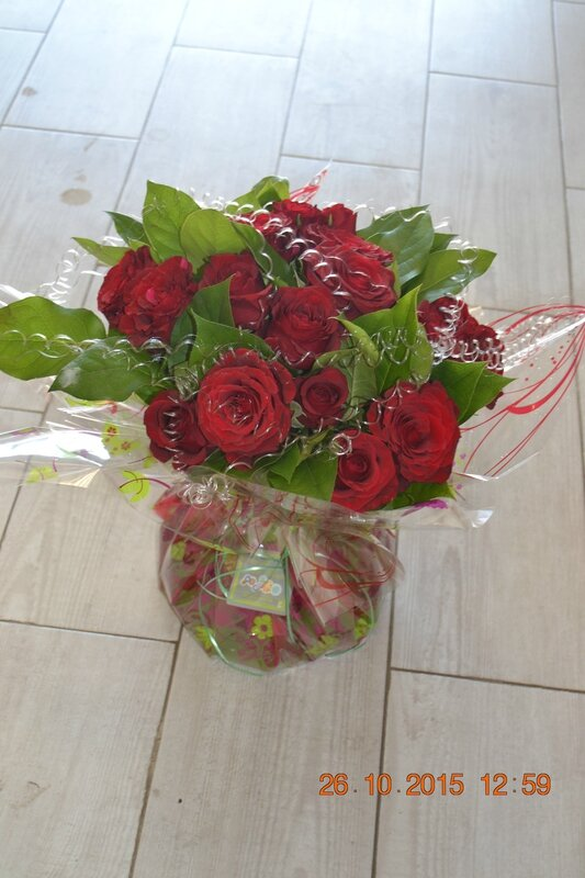 bouquet bulle roses rouges (1)