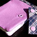 30. simili cuir rose, écossais violet - languette