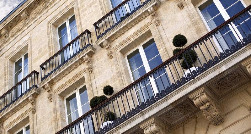 2148174_les-biens-immobiliers-sont-tres-lourdement-taxes-en-france-web-tete-0301205699552